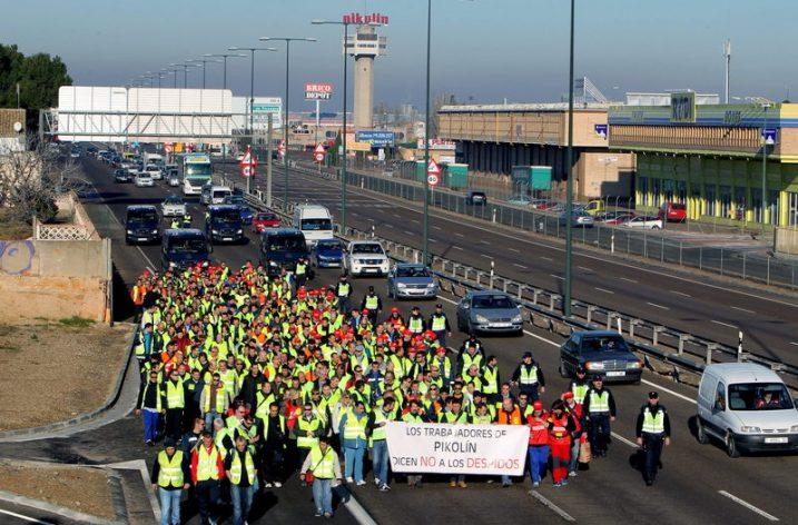 Los trabajadores y trabajadoras de Pikolin, continuan con las movilizaciones