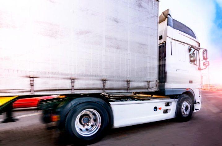 Desconvocada la huelga de transporte de mercancías