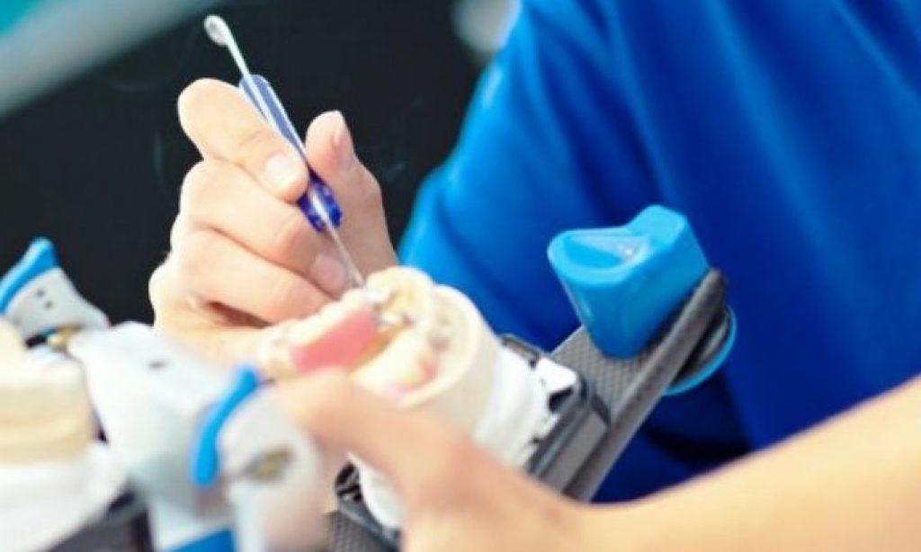 El sector del protésico dental celebra su patrona