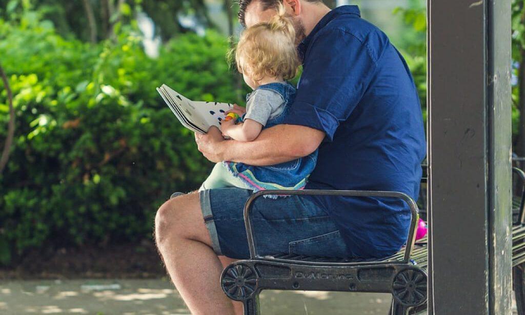 Se amplia el permiso de paternidad a cinco semanas
